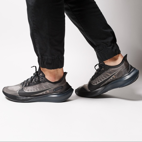 Nike Shoes | New Zoom Gravity Black
